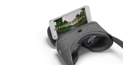 Google Daydream View VR Headset on sale for $50
