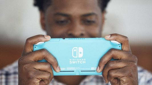 Does Nintendo Switch Lite have better battery life than the original?