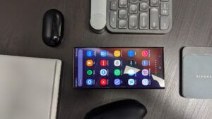 Gaming on the Go: Talking Note 20 as Gaming Alternative