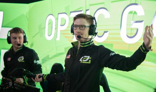 See Some of the Craziest Moments From the Call of Duty World League Las Vegas Openers